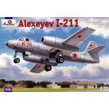 Истребитель-бомбардировщик И-211 / Alexeyev I-211 (AMO72251) Масштаб:  1:72