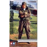 Японский пилот (TAM36312) Масштаб:  1:16