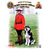 Офицер Королевской Канадской Конной Полиции с собакой (ICM 16008)