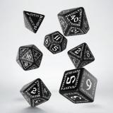 Набор кубиков Runic Black & white