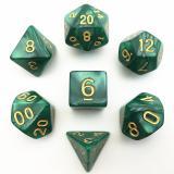 Набор перламутровых/мраморных кубиков RPG с золотыми цифрами 7 шт (цвет в ассортименте)
