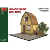 MA36031  Village house with base (Діарама)