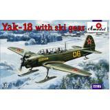 Яковлев Як-18 с лыжным шасси (AMO72195) Масштаб:  1:72