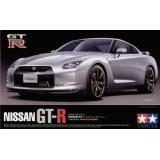 Автомобиль Nissan GT-R 2008 (TAM24300) Масштаб:  1:24