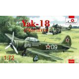 """Учебно-тренировочный самолет Як-18 """"Maesto"""" 1:72"""