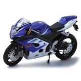 Модель мотоцикла Suzuki GSX R1000 1:18