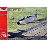 Учебно-тренировочный самолёт Як-23 УТИ 1:48