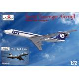 Пассажирский самолет Туполев Ту-134 LOT airlines, поздний 1:72