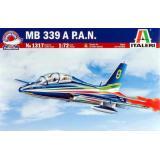 Учебно-тренировочный самолет MB-339 1:72