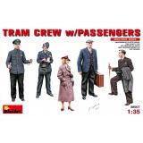 Экипаж трамвая с пассажирами 1:35