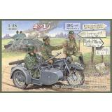 BMW R12 with sidecar, military version 1:35
