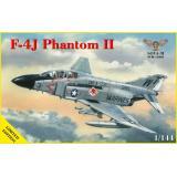 Истребитель F4J