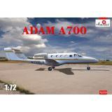 Гражданский бизнес-самолет Adam А700 1:72